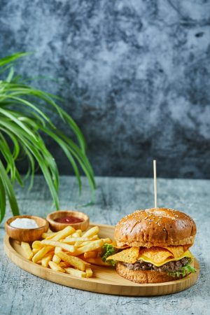 img_01_burger_new